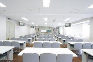 第6会議室(90名)