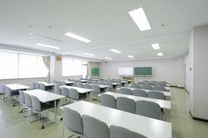 第4会議室(50名)