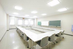 第2会議室(20名)